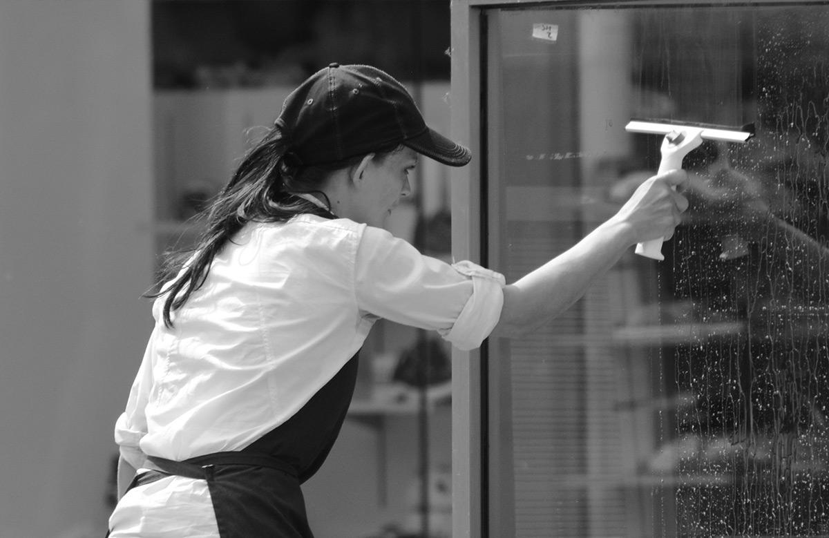 Fenster-, Glas- und Fassadenreinigung